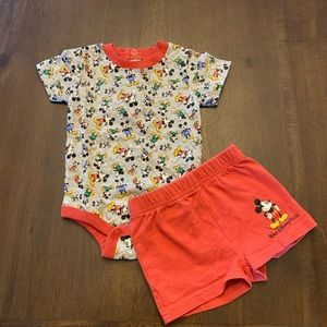 Disney Parks outfit 0-3 months